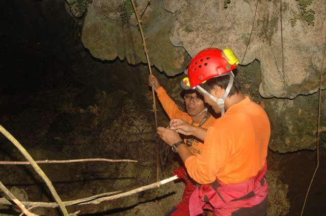 Gua Lo – Bangi, Malang Jawa Timur