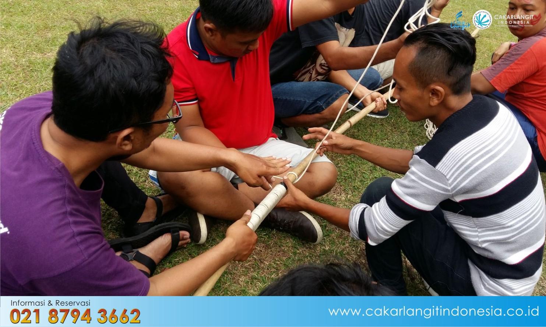Lapangan Jendral Cikole Cocok untuk  Team Building